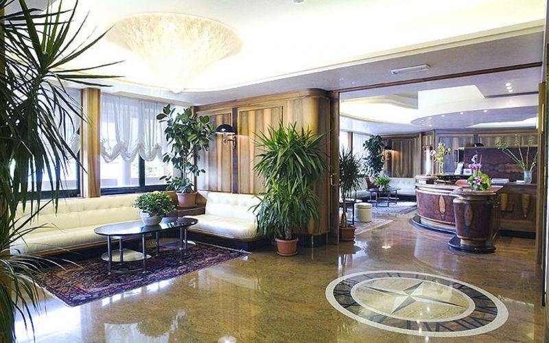 Hotel europa bibione prenota hotel a bibione veneto for Hotel meuble oasi