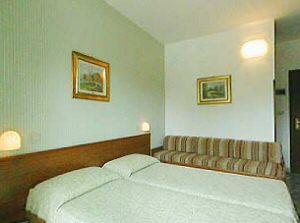 Hotel serena prenotazione albergo grado hotel in friuli for Hotel serena meuble grado