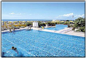 Villaggio lido di jesolo hotel hotel sirenetta villaggio for Camere albergo dwg