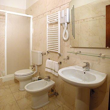 Villaggio Firenze Hotel Soggiorno Madrid villaggio Firenze in ...