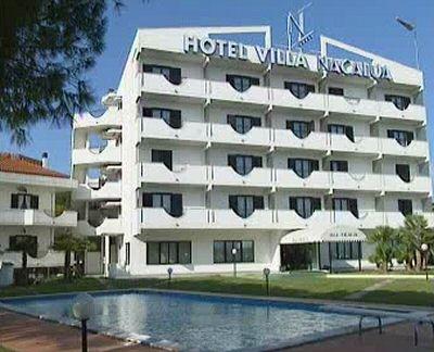 Hotel villa nacalua prenotazione albergo citt s angelo for Piscina sambuceto