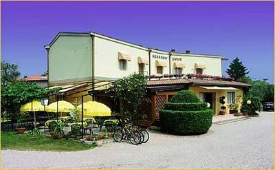 Villaggio toscolano maderno hotel hotel sole villaggio toscolano maderno in lombardia lake hotel - Hotel giardino toscolano maderno ...