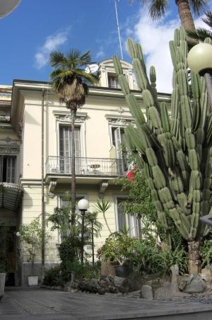 Hotel liberty prenotazione albergo sanremo hotel in liguria sea hotel accommodation in sanremo - Hotel giardino al mare sestri levante ...