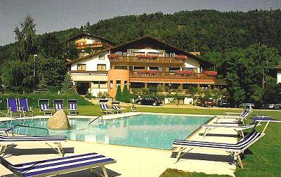 Hotel hofstatt prenotazione albergo bressanone hotel in trentino mountain hotel accommodation in - Piscine con scivoli bressanone ...