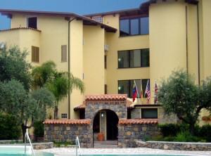 Hotel il giardino prenotazione albergo scario hotel in - Hotel il giardino siena ...