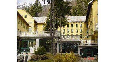Grand Hotel Terme di Vinadio prenotazione albergo Vinadio - Bagni ...